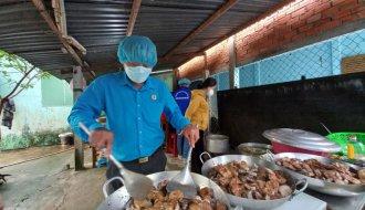 Bài 2: Ông Lê Văn Bài, Chủ tịch Liên đoàn Lao động huyện Tiểu Cần: CẦU NỐI CHIA SẺ YÊU THƯƠNG, KẾT NỐI NGHĨA TÌNH