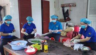 Liên đoàn Lao động huyện Tiểu Cần: Tích cực hỗ trợ khu cách ly, khu phong tỏa