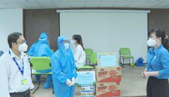 Lãnh đạo Liên đoàn Lao động tỉnh: Thăm hỏi, động viên đội ngũ y tế