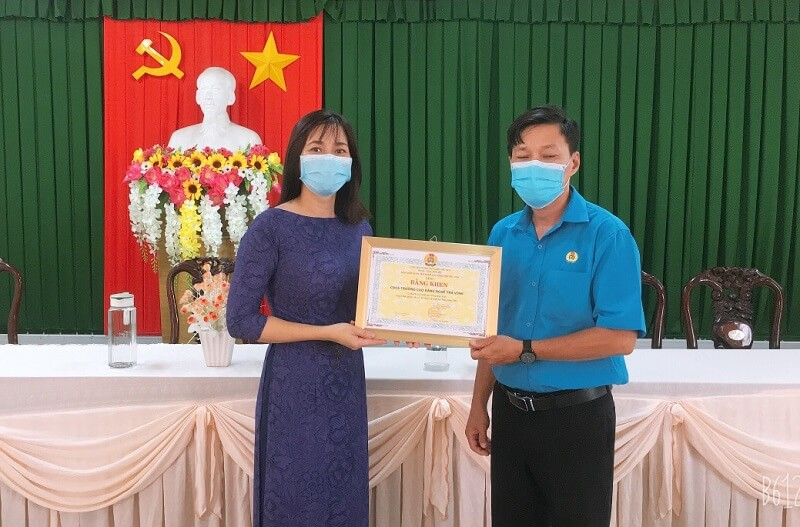 Công đoàn Viên chức tỉnh Trà Vinh: Phát động phong trào thi đua đoàn kết, chung sức chiến thắng đại dịch COVID – 19